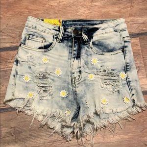 Machine High Waisted Daisy Cut Off Jean Shorts S